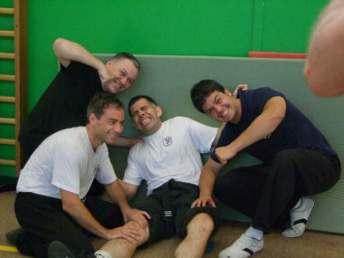 Jean David curando a Steve y españoles (Montpellier 08)